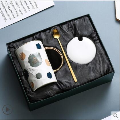 陶瓷杯子創意個性潮流馬克杯帶蓋勺簡約情侶喝水杯家用茶杯咖啡杯 - 風尚3C