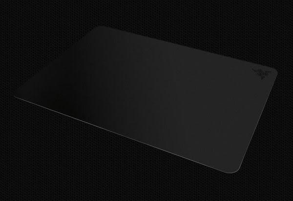 [哈GAME族]免運 雷蛇 Razer 暗夜虎甲蟲 Manticor 電競 遊戲專用滑鼠墊 極致平滑 速度型