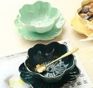 甜品碗 日式櫻花陶瓷碗金邊甜品碗燕窩碗創意水果養生碗糖水花型湯碗餐具【快速出貨八折下殺】