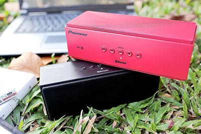 Pioneer先鋒 可攜式無線藍牙喇叭 XW-BSP1(黑/紅)