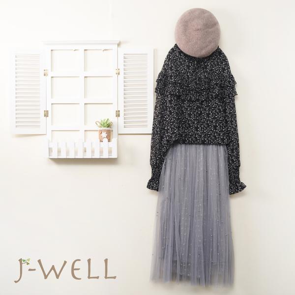 J-WELL 滿天星荷葉印花上衣釘珠紗裙二件組(組合A490 8J1388黑+9J1038灰)
