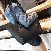 新款手提女歐美時尚鉚釘單肩側背包復古民族風托特包潮 YY3835『優童屋』
