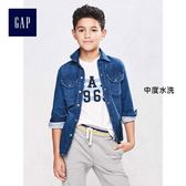 Gap男童 簡潔雙袋長袖牛仔襯衫 164451-中度水洗