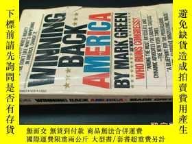 二手書博民逛書店WINNING罕見BACK AMERICA5919