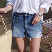 毛邊牛仔短褲女夏季中高腰破洞學生顯瘦a字寬管寬管褲熱 街頭布衣
