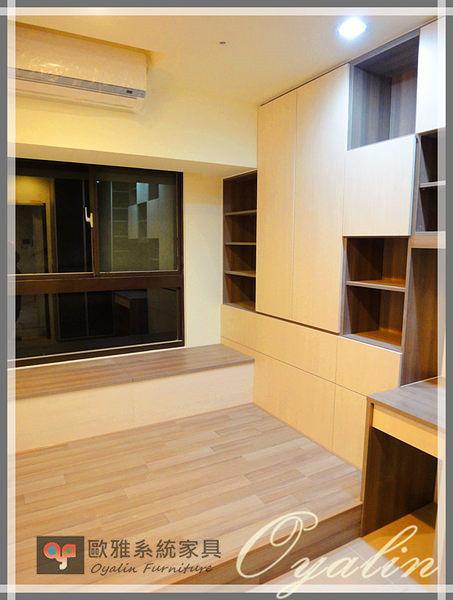 【歐雅系統家具】系統書櫃結合窗邊櫃