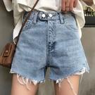DE shop - 高腰單排扣破洞毛邊牛仔短褲 - N-1009