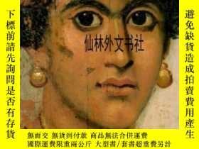 二手書博民逛書店【罕見】2000年出版 Ancient Faces: Mummy