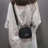 熱銷側背包女土包包新款2020流行款精致可愛側包輕便背包冬天少女錬條包韓版