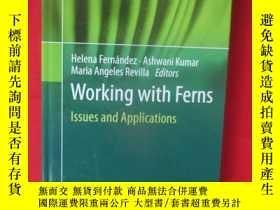 二手書博民逛書店Working罕見with Ferns: Issues and