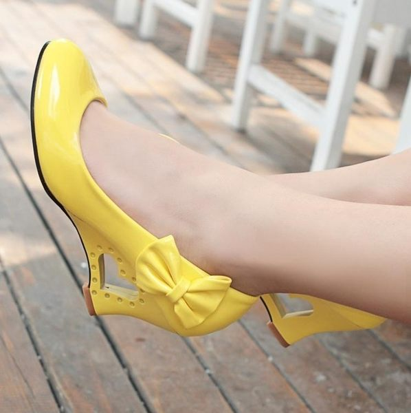 娃娃鞋黑白色亮漆皮cosplay跳舞蝴蝶結可愛甜美淑女桃心楔形單鞋女皮鞋 一件免運