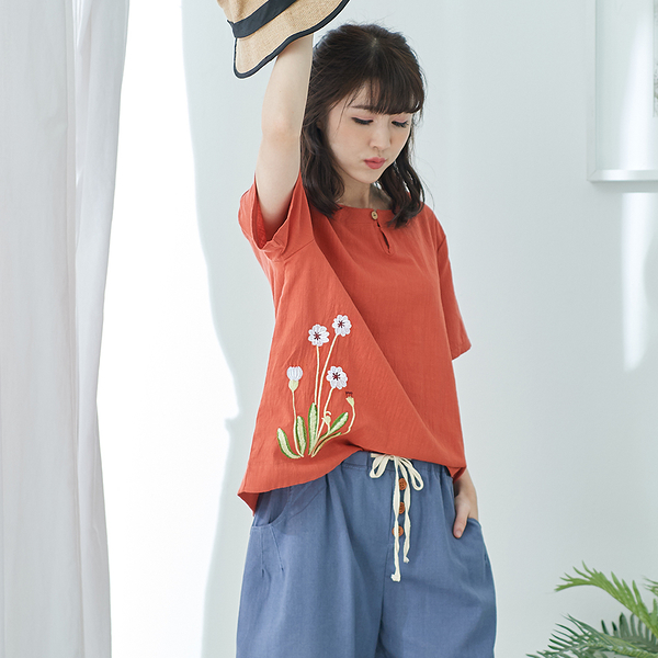 【慢。生活】簡約盤扣刺繡上衣-F 20329 FREE橘色