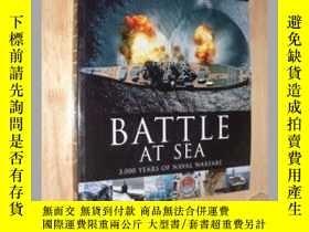二手書博民逛書店DK出版罕見歷史中的著名海戰Battle at sea英文原版軍
