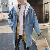 (交換禮物)2018秋季新款韓版中長款牛仔外套男學生帥氣寬鬆潮流男士連帽風衣