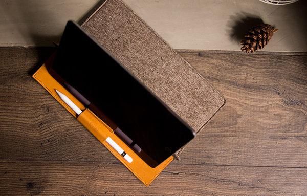 "iPad Pro 9.7"" & 10.5"" 皮革電腦包 - 焦糖棕/大地色 Brown/Earth iPad Air 保護套、收納袋"