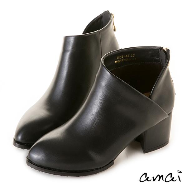 amai心型交叉側V粗跟踝靴 黑