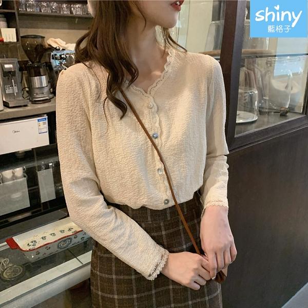 【V9315】shiny藍格子-法式洋氣‧氣質蕾絲花邊長袖襯衫