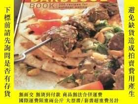 二手書博民逛書店THE罕見BARBECUE BOOK 200 recipes for outdoor eatingY15645