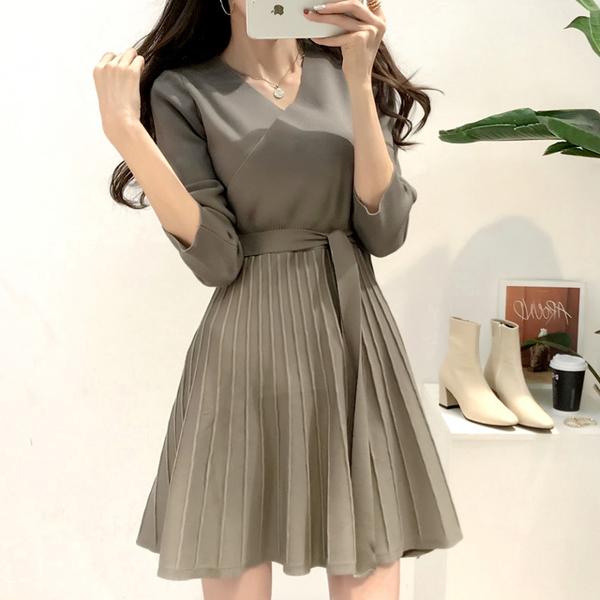 絕版出清 韓國風針織氣質V領收腰系帶長袖洋裝