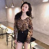 2018秋裝新款chic時尚亮眼豹紋長袖襯衫V領百搭氣質上衣潮流女裝 喵小姐