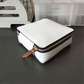 化妝箱 雅詩蘭黛藍白條紋白色壓紋小型化妝箱方形收納包整理收納包【快速出貨八折搶購】