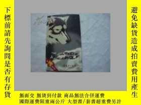 二手書博民逛書店THE罕見JOURNEY OF A NAMELESS WOLF(