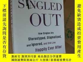 二手書博民逛書店SINGLED罕見OUT:How Singles are Ste