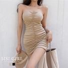 SISI【D20024】實拍復古性感抽皺無袖露肩附胸墊連身裙洋裝短裙緊身曲線顯胸抹胸顯瘦春夏夜店約會