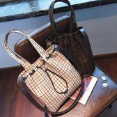 格子包包女簡約格子手提包百搭復古單肩斜跨包水桶包    3C優購