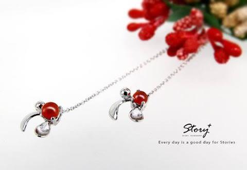 《 SilverFly銀火蟲銀飾 》SNOW系列-Mistletoe槲寄生紅玉髓耳墜