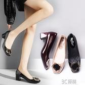 秋季韓版新款淺口單鞋女漆皮方頭百搭英倫風粗跟低跟休閒工作鞋女 3C優購