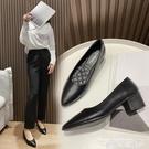 粗跟鞋 工作鞋女黑色平底軟底粗跟皮鞋職業上班面試酒店防滑空姐尖頭單鞋【618 購物】衣櫃