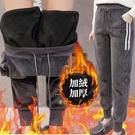 ※現貨【加絨加厚】金絲絨條紋哈倫運動褲/束口褲 2色 M-2XL碼【RK67246】