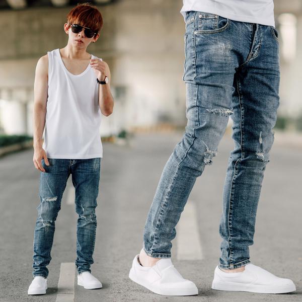 牛仔褲 韓國製潑漆造型抓破抽鬚合身牛仔褲【NB0837J】