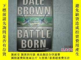 二手書博民逛書店英文原版書罕見DALE BROWN BATTLE BORN 詳細