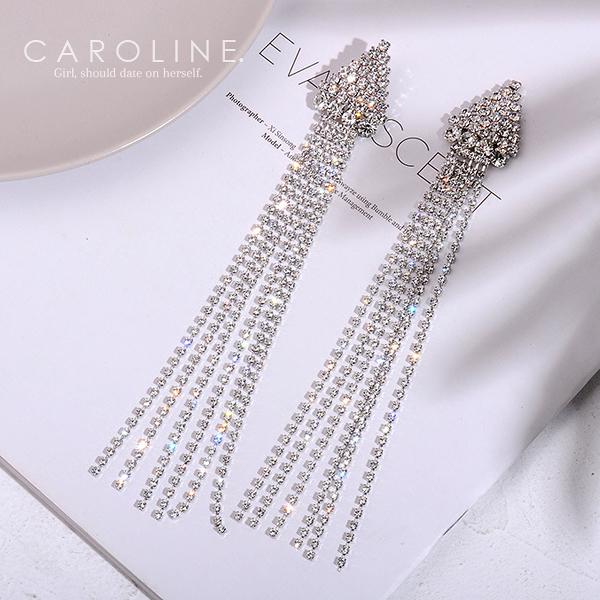 《Caroline》★韓國熱賣造型時尚 Bling  Bling 絢麗閃亮動人耳環 70699