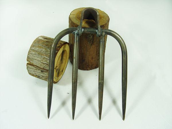 郭常喜與興達刀鋪-樂活農具-鋤頭框大四齒五分(E00094)種田,園藝的最佳好夥伴.