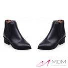 *MOM* 英倫風復古雕花小尖頭套筒小短靴 踝靴 黑 35-39碼【現+預】