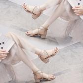 涼鞋女 時裝涼鞋2021年新款女夏中跟軟底配裙子時尚仙女風氣質粗跟綁帶鞋【快速出貨】