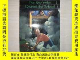 二手書博民逛書店THE罕見BOY WHO OWNED THE SCHOOL【153】Y10970 Gary Paulsen A