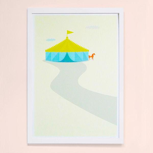 【摩達客】西班牙知名插畫家Judy Kaufmann藝術創作海報掛畫裝飾畫-馬戲團(附Judy本人簽名)(含木框)