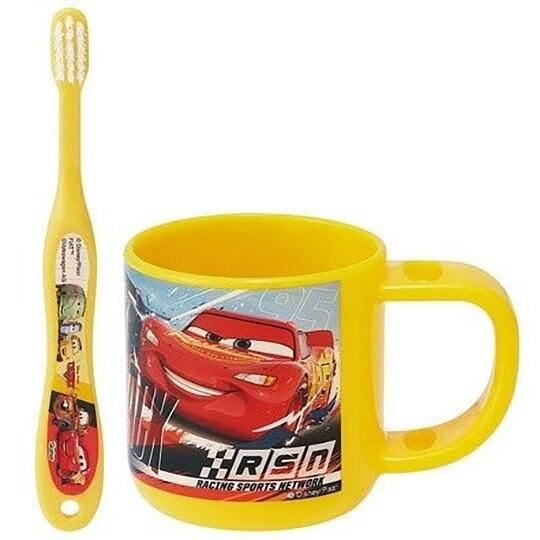 小禮堂 迪士尼 閃電麥坤 兒童牙刷杯組 附牙刷蓋 漱口杯 3-5歲適用 (黃 朋友) 4973307-46762