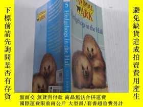 二手書博民逛書店Hedgehogs罕見in the Hall大廳裏的刺猬Y212829