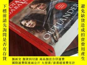 二手書博民逛書店Outlander:罕見Cross Stitch, Film t