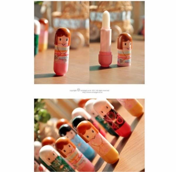 可愛和服護唇膏 和服娃娃護唇膏2.4g 水果潤唇膏 保濕潤澤 贈品送禮皆實用 NailsMall