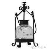 油燈復古老式鐵藝玻璃罩燭台北歐燭光晚餐道具裝飾擺件手提蠟燭燈 【全館免運】
