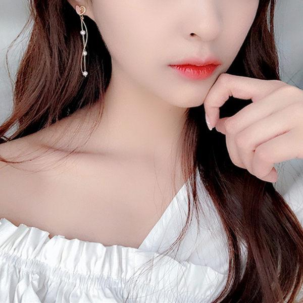 耳環 韓國甜美粉嫩心碎愛心流線珍珠925銀針垂墜耳環 夾式耳環 S93380 批發價 Danica 韓系飾品