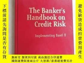 二手書博民逛書店英文書罕見The Banker Handbook on Cred