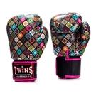 『VENUM旗艦館』12oz TWINS 限量絕版馬賽克拳套 收藏紀念款 泰拳拳擊 PU入門全套 FBGVL3-MS粉色
