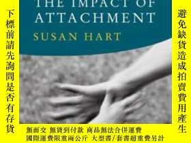 二手書博民逛書店The罕見Impact Of Attachment (norto